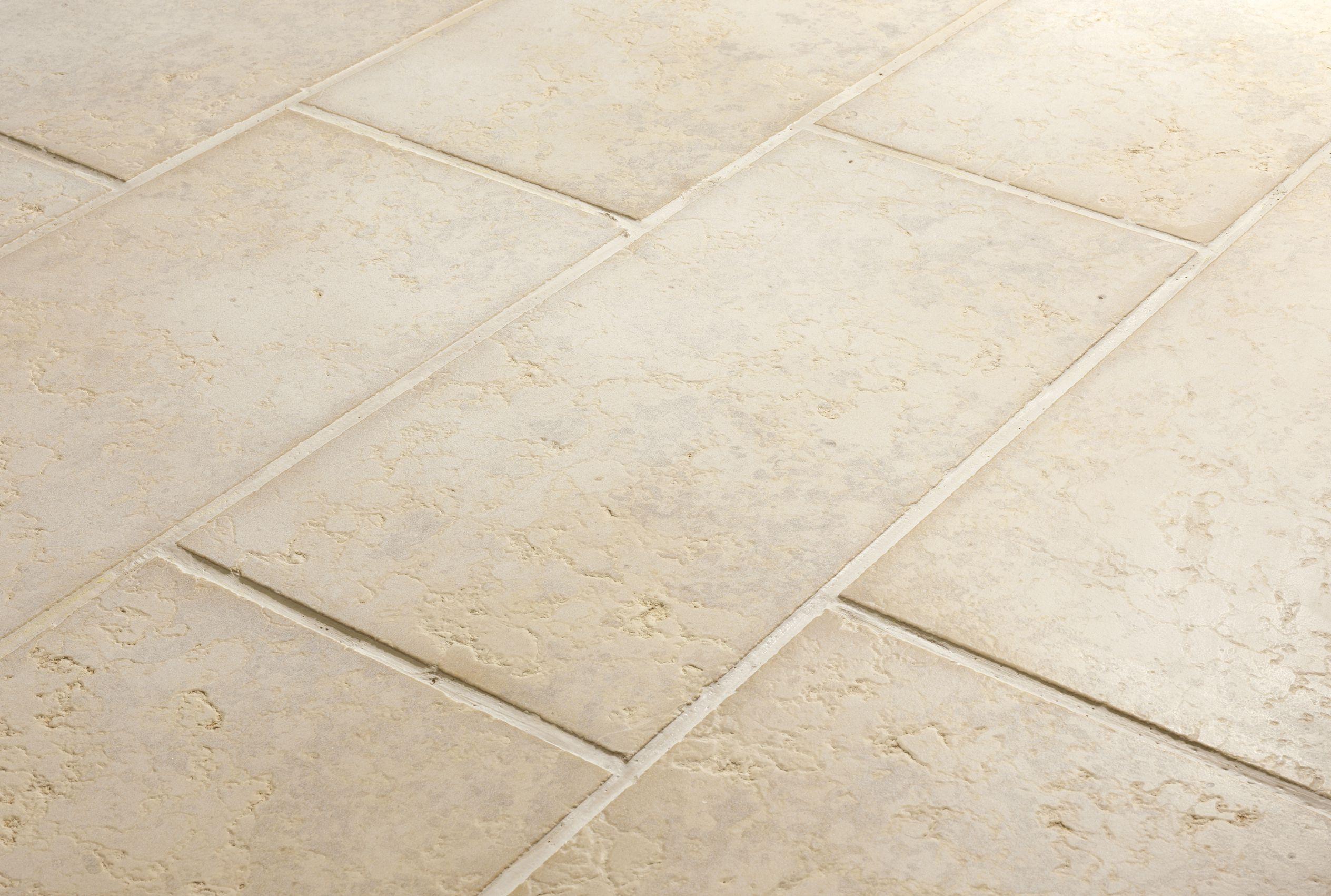 Pavimenti in pietra naturale per esterni quadrettoni di - Piastrelle rettificate ...